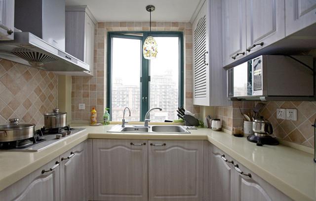 厨房装修效果图,看看别人家小厨房都怎样设计?