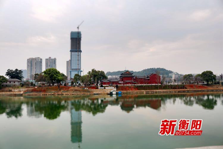 衡阳东洲岛项目建设:1800株桃花开出桃浪美景