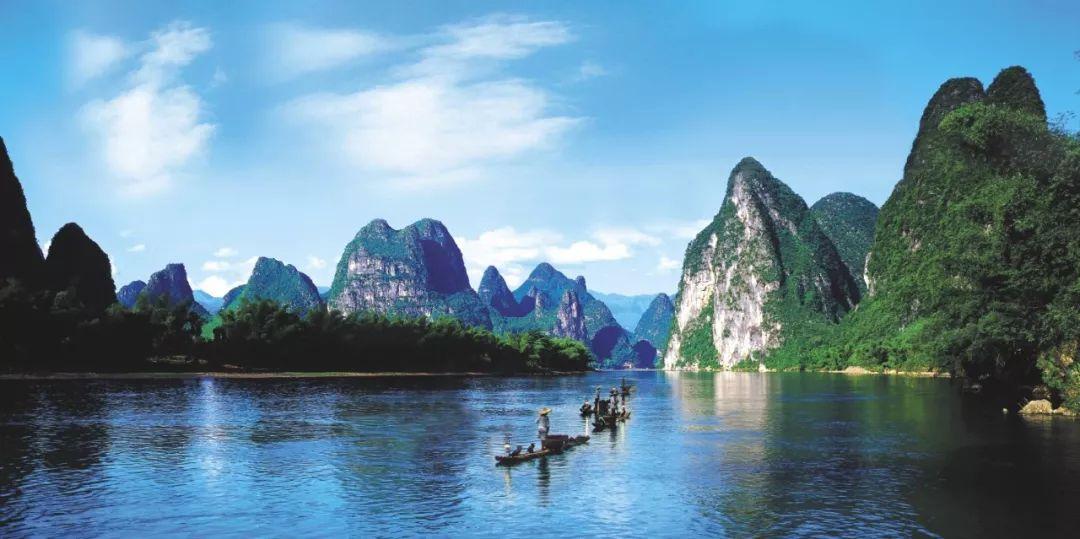 桂林山水甲天下.典型的喀斯特地形构成别具一格的景观,令人流连忘返.图片