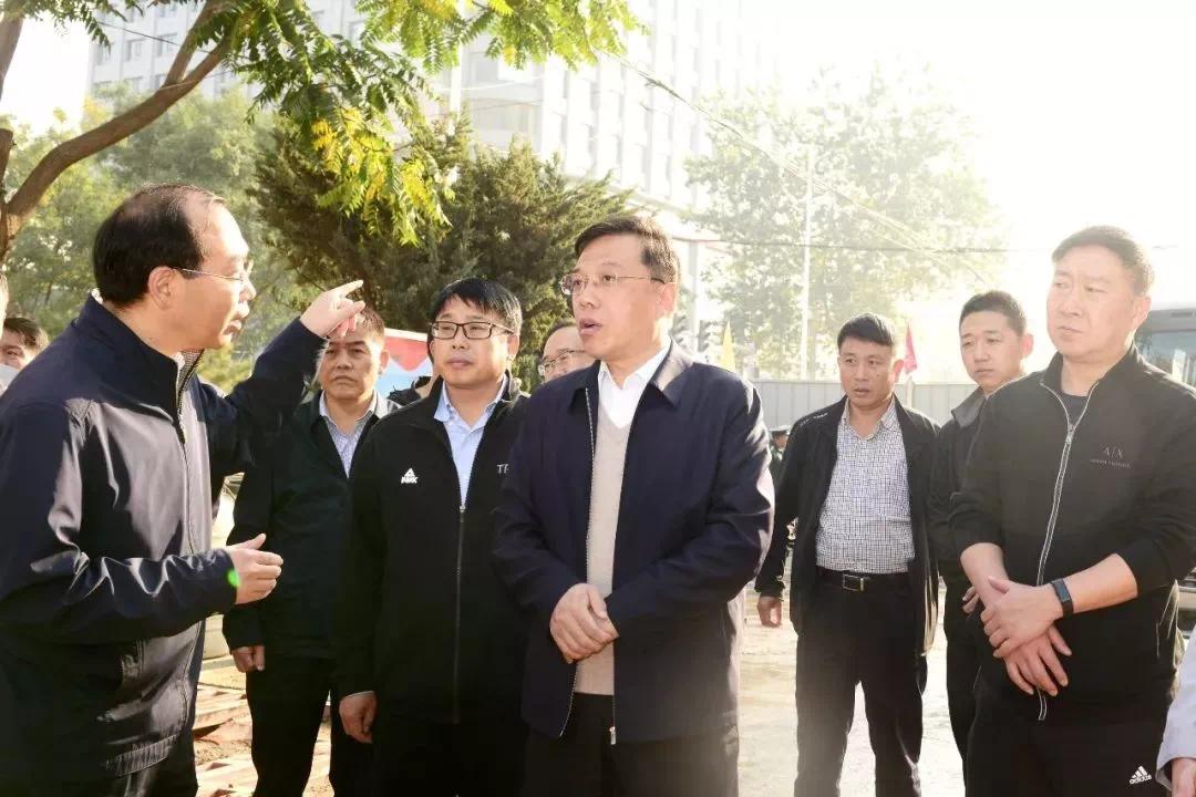 杨勤荣就长治职教园区等城建重点工程建设进展情况现场办公