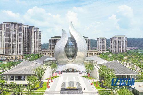 中国建筑科技馆在汉开馆
