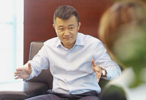 鑫苑集团CEO张立洲:实现快速转型 不能拖拖拉拉