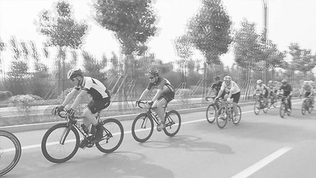 衡水市举办环湖自行车公益行