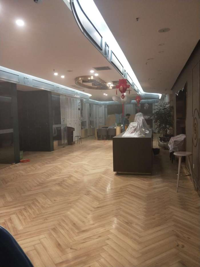 在室内装饰装修工程中, 为什么必须对室内环境污染物进行控制?
