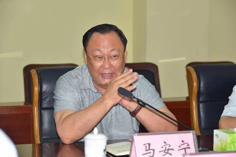 展鑫书记带队到济宁医学院洽谈市立医院项目推进工作