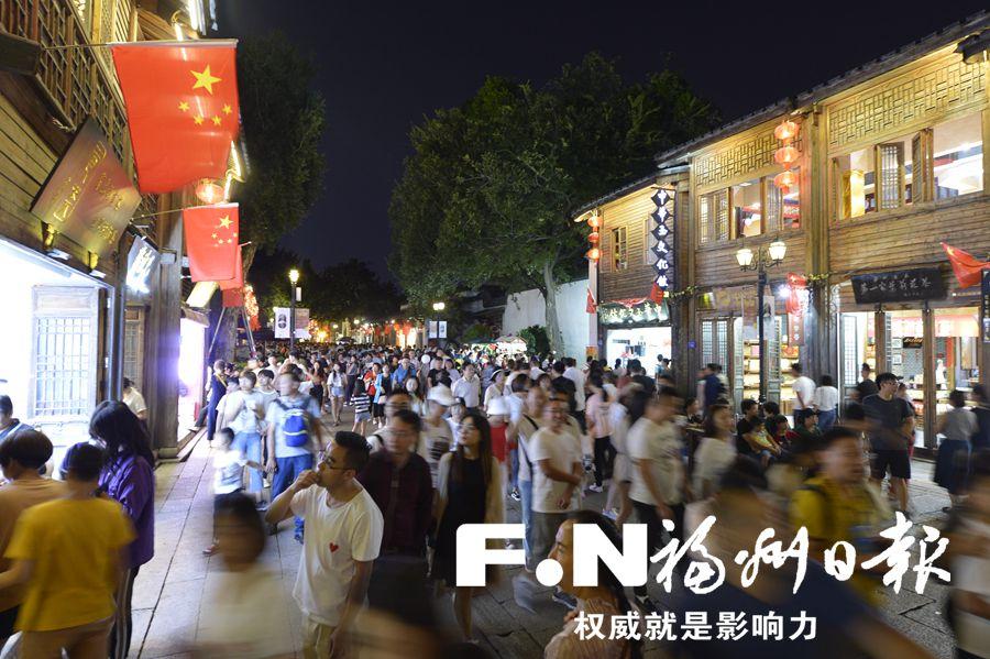 新老景區同發力 近400萬游客國慶黃金周暢游榕城