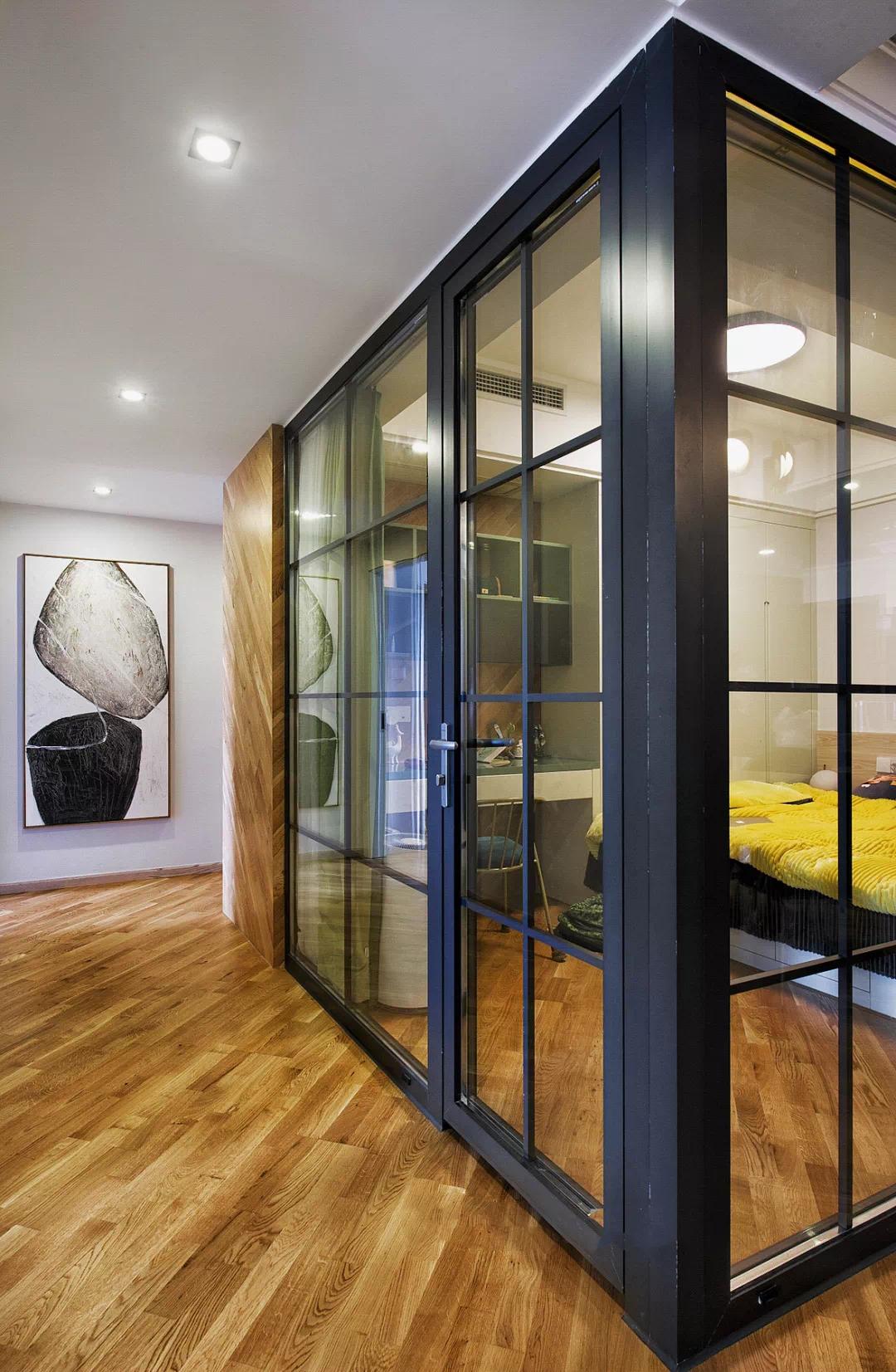 渐变色、玻璃房,这套150m²现代轻奢风的细节精致到了骨子里 现代轻奢 第5张