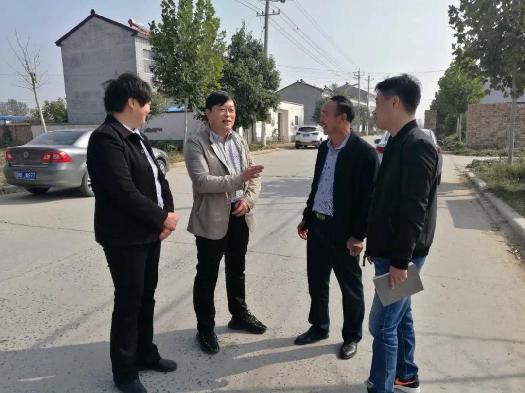 今天冯庄乡的这些群众,又一次实实在在感受到了党的温暖!