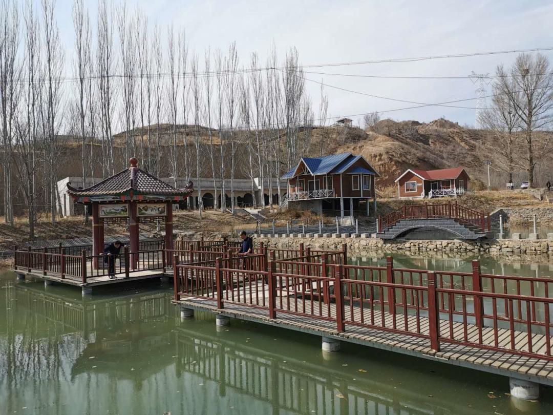 张家口桥东区:康养小镇景色美