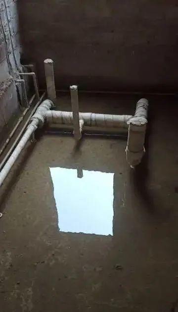 烂尾楼里的 30 位房奴:每天爬 18 楼、一个月洗一次澡搜狐焦点北京站插图(21)