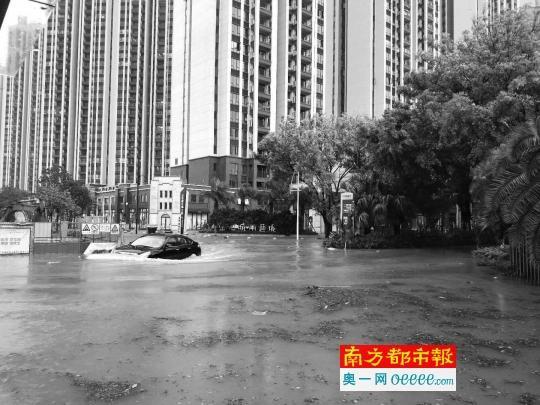 愁skr人!东莞江边别墅区的烦恼:多户水浸超1米