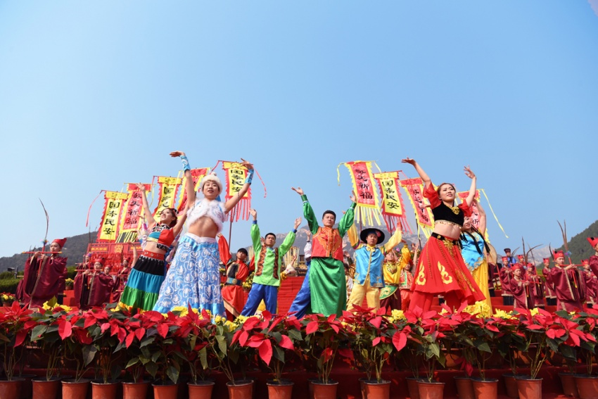 敬天礼地共祈福 2018海峡两岸暨全球华人敬天祈福活动举行