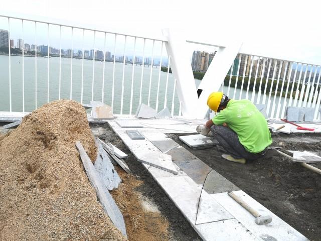 北江四桥建设进入收尾阶段 力争年底通车
