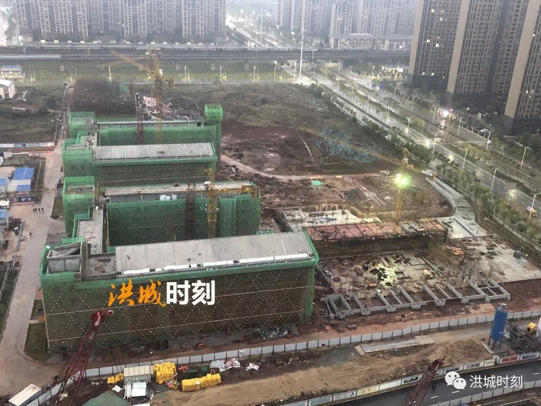 又一所学校即将封顶!九龙湖中学预计2019年9月投入使用!