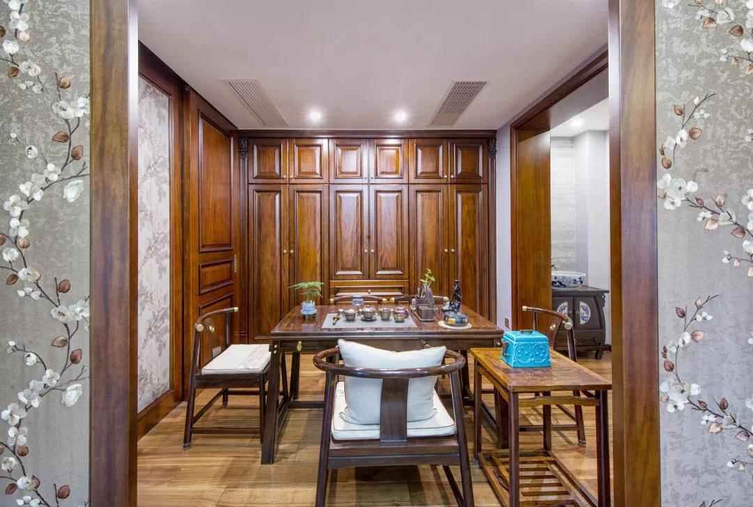 180m²中欧混搭的房子,古典、高贵、优雅,最终回归平静 混搭 第38张