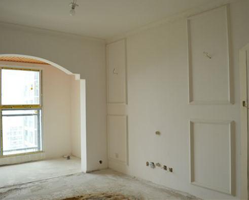 装饰墙面是先贴石膏线还是先贴壁纸