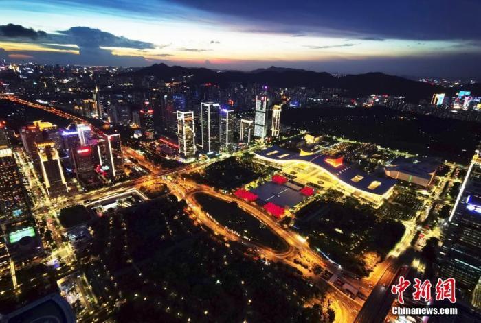 """深圳住房要学习""""新加坡模式"""" 楼市格局"""