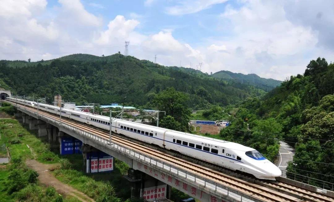 新梅汕铁路沿途9站,时速250公里!这些地方出行方便了