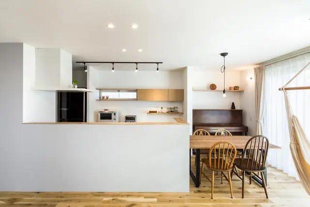 同样是小厨房,3组对比图,就明白你家错在哪了
