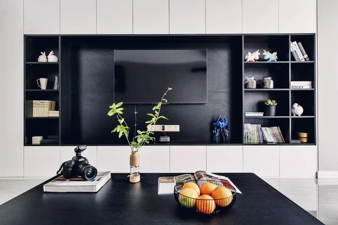 110m²随性设计,原来黑白灰组成的世界也可以这么美丽 第5张