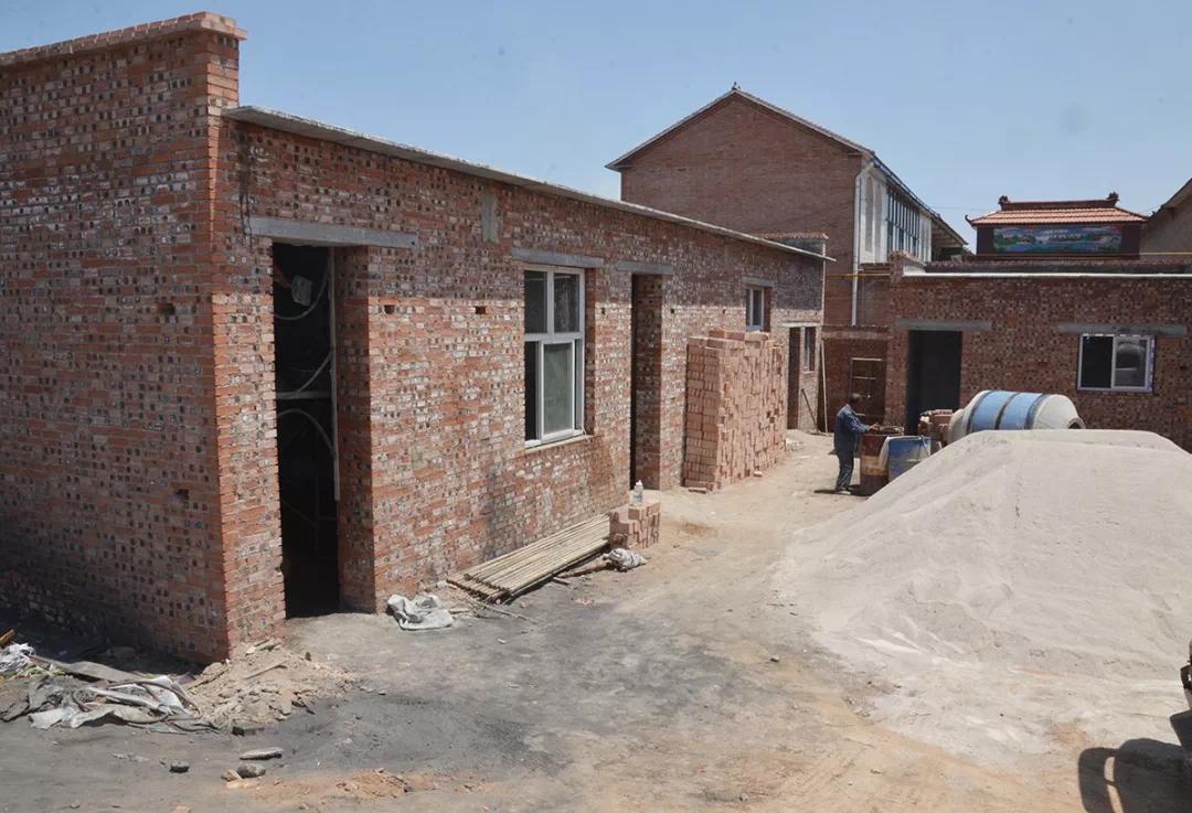 """危房改造让贫困户安居,今年6月底将全部住上""""暖心房"""""""