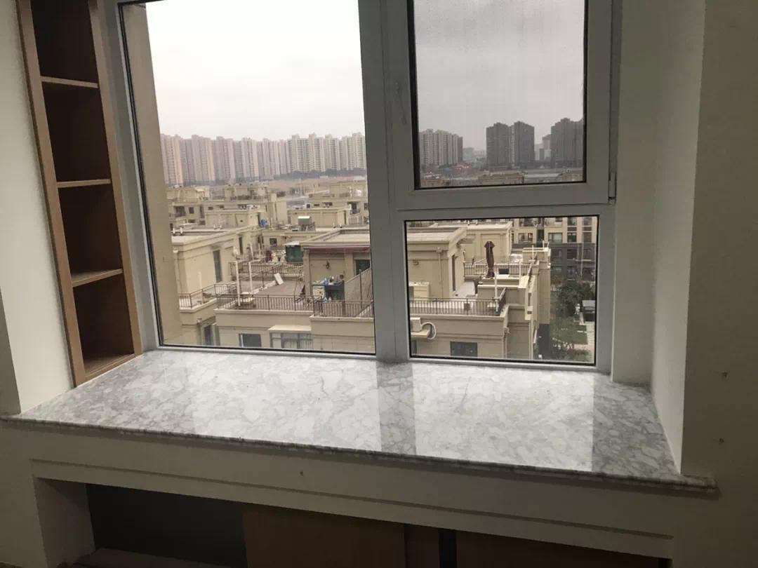 你家飘窗窗台,用什么材料装修的?哪种好呢?
