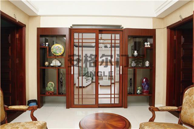 整体铝合金门窗与单品类门窗,你更倾向那种?