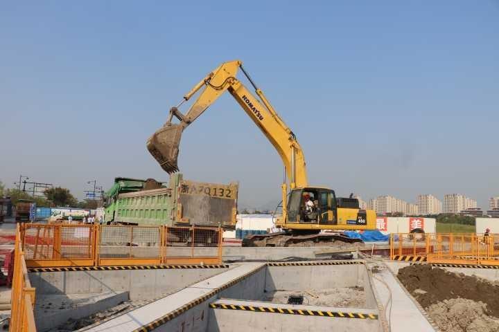 杭海城际铁路又有重大进展!余杭高铁站基坑开挖
