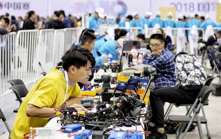 让产业插上智慧的翅膀 2018国家机器人盛会正式在柯桥开幕