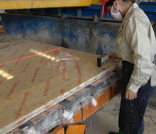 荣冠严把质量关 保证出厂石材产品高标准