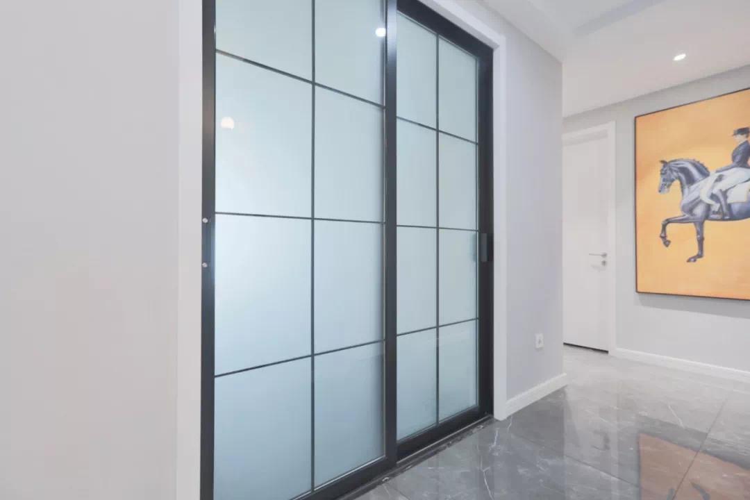 異型過道加上一扇窗,一路走到底都是陽光 裝修 異型過道 第14張