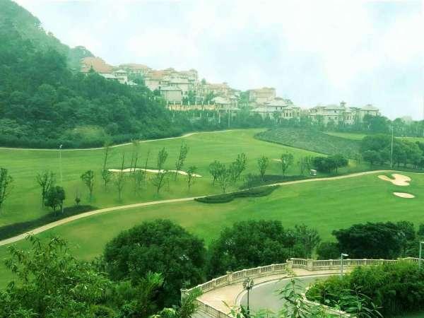 湖州南太湖旅游度假区内大型国际高尔夫别墅——中奥美泉宫