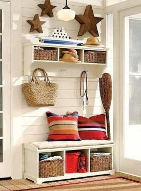 为什么家里明明装了八组柜子,衣服还是会出现在沙发上?