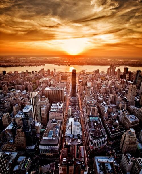 """城市核心化产城融合企业社区——为城市装上""""超级大脑"""""""