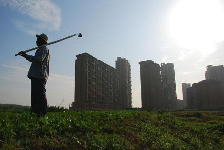 宅地70年产权续期是否收费?房地产管理法修改或