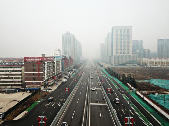 喜迎春节!景观灯扮靓济宁夜,中国结点亮跨线桥