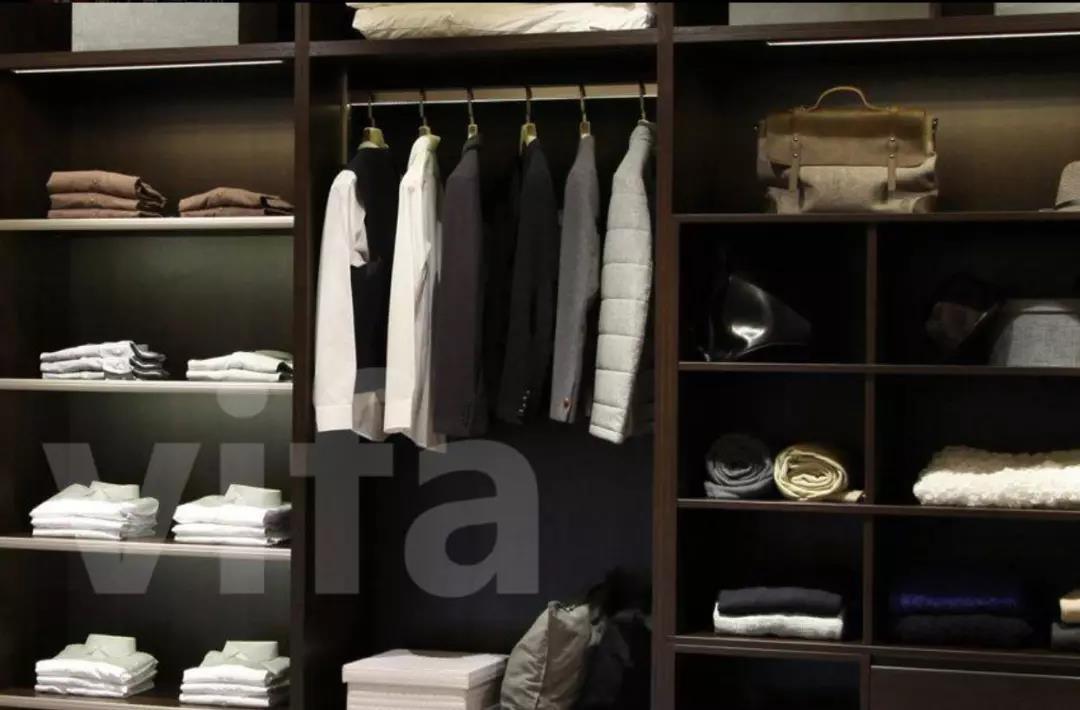 《【摩登3代理平台】选择衣柜要因地制宜 vifa威法高端定制教您打造舒适生活》