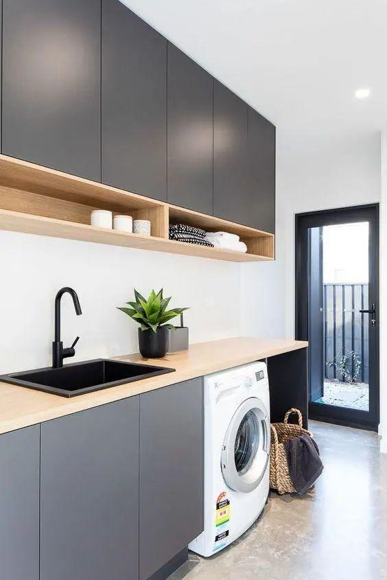 《【摩登3注册平台】洗衣机上方是个好地方,吊柜加隔板用来收纳,这个设计参考一下》