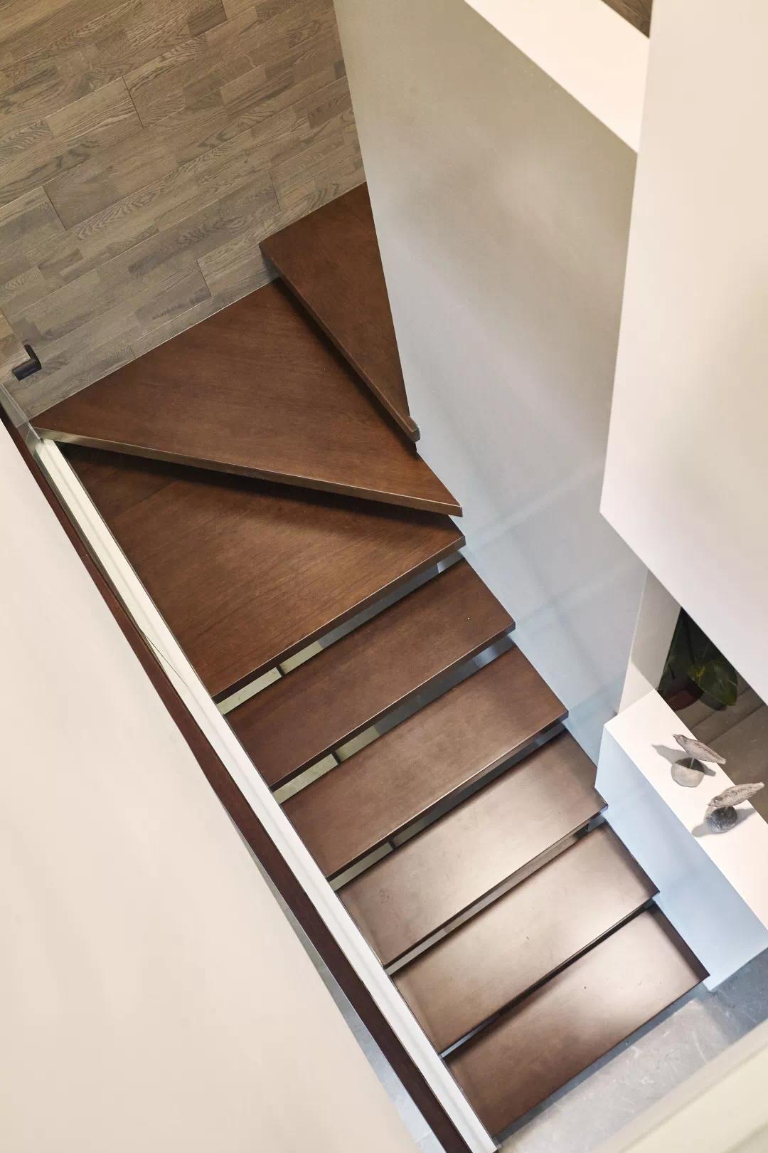 近200m²双层大house,现代生活,舒适,藏不住! 现代 舒适 装修设计 第14张