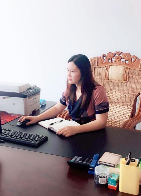实业兴邦,实干兴厂——天荣家居常务副总经理卢敏芳