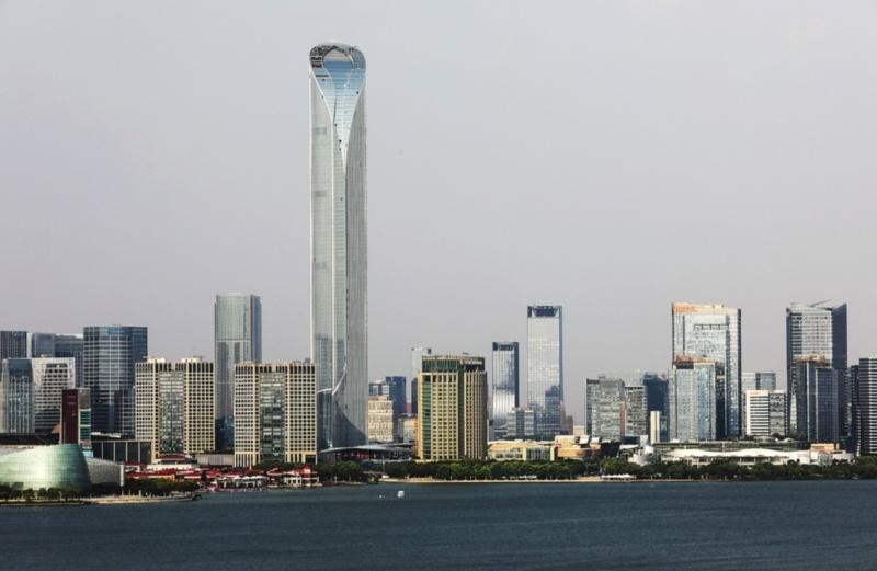 """垂直""""城市""""藏多少秘密 探秘国金中心背后高科技"""