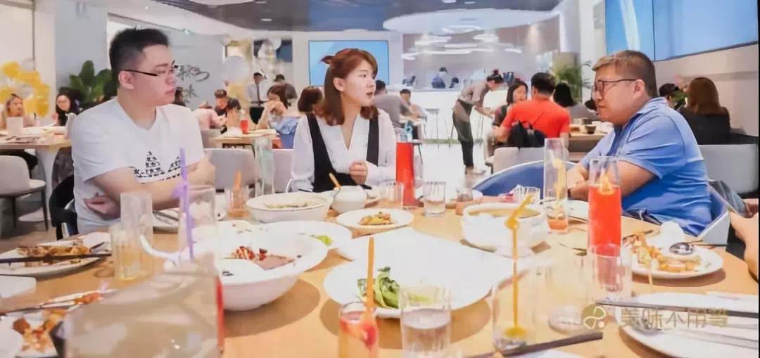 海汇盛景丨购物中心餐饮新物种不提供任何食物的餐饮店竟然火了?