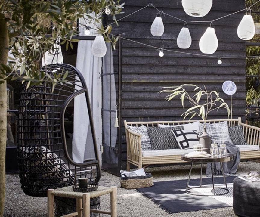 黑白交织的芜湖别墅庭院装饰是这样子的
