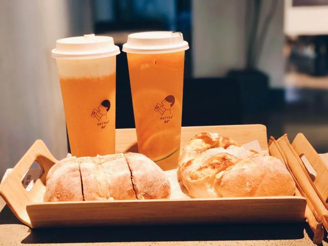 """新湖南大廈:喜茶""""過氣""""了?網紅奶茶壽命究竟能有多久?"""