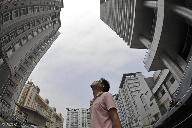 比房價上漲更讓購房者擔心:房屋質量問題頻現,購房者能否逃脫?
