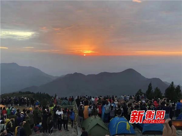 南岳衡山景區國慶假期人氣爆棚 鄉村旅游成新寵