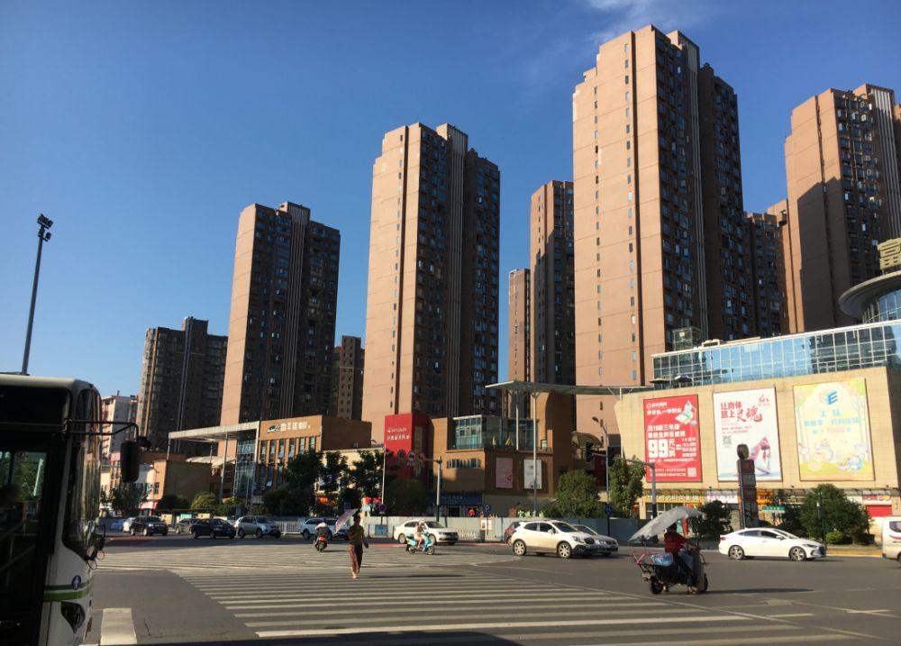 """一平米一年涨近4000元!这座""""低房价""""城市有项目跳涨"""
