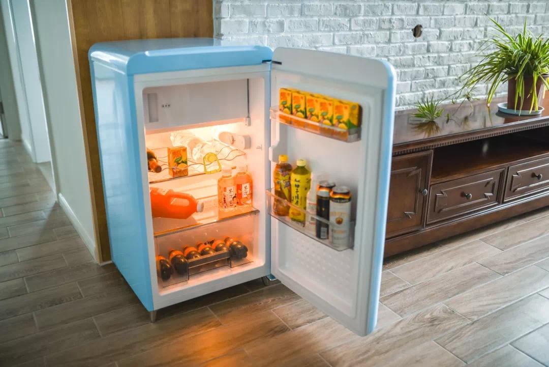 《【摩登3平台网】冰箱作为家里必不可少的家电,摆放的位置也值得我们思考》