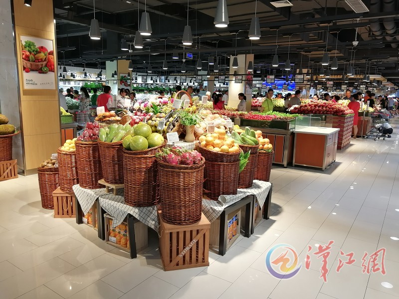 """好邻居连锁超市南国泛悦店红火背后—— 好环境提升""""网红范儿"""