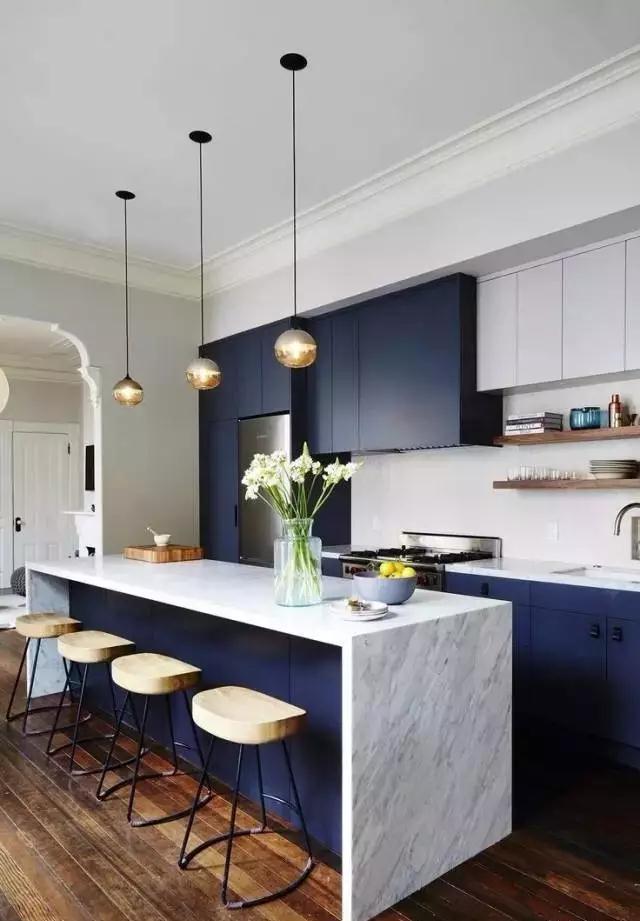 你家的厨房落后了吗?中国板材品牌精材艺匠来推荐!